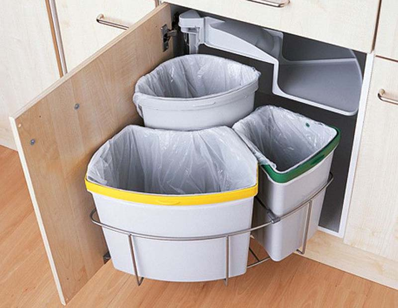 recycling in kitchen cabinet